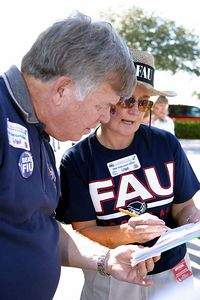 FAU Football vs FIU 23nov02 0025