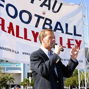 FAU Football vs FIU 23nov02 0034