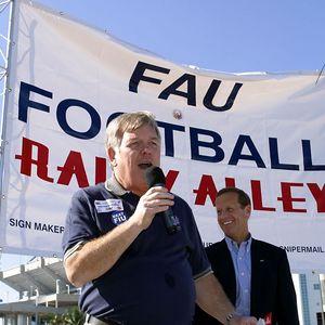 FAU Football vs FIU 23nov02 0040