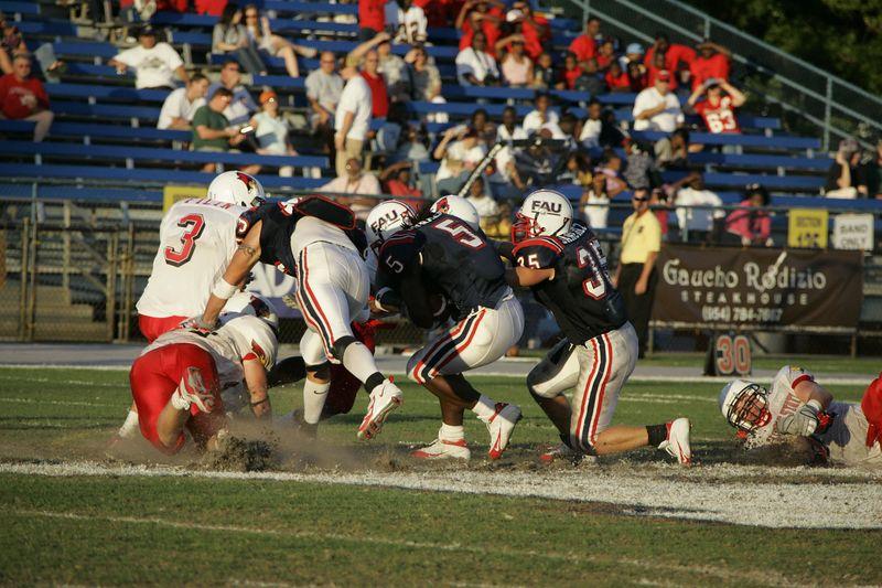 FAU Football vs Illinois State - 20 November 2004 4pm  0007