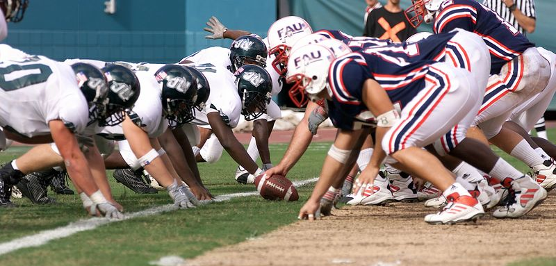 FAU vs Jacksonville  13oct01-  011c