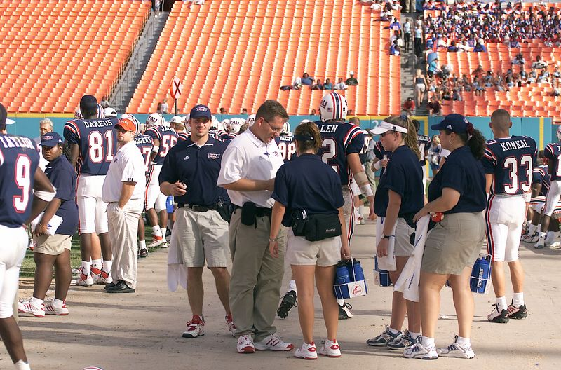 FAU vs Jacksonville  13oct01-  028