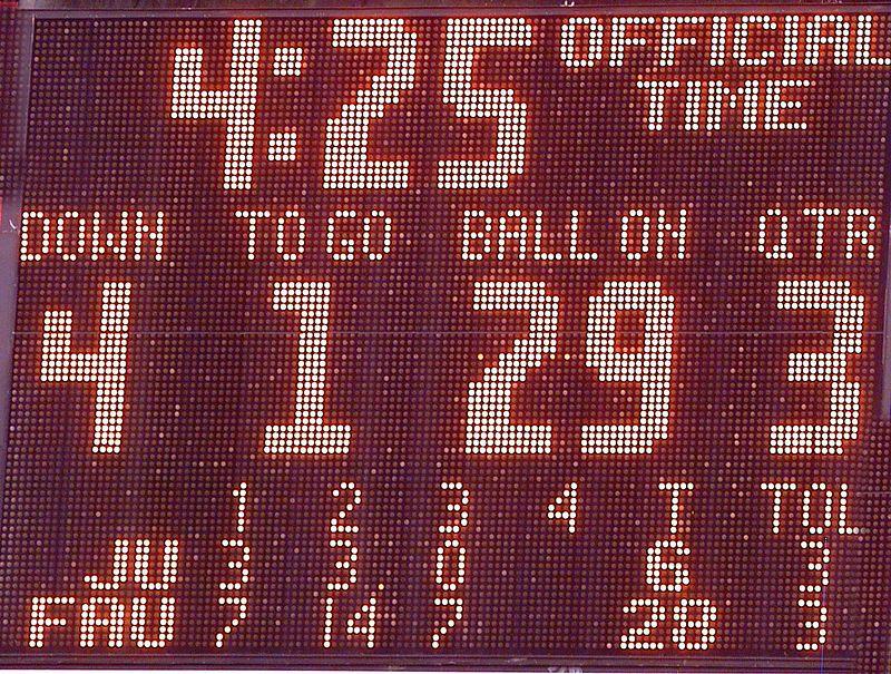 FAU vs Jacksonville  13oct01-  142