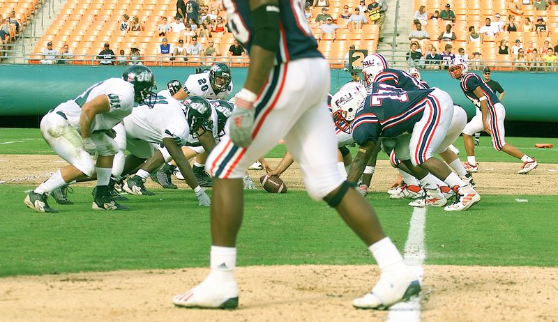 FAU vs Jacksonville  13oct01-  009c