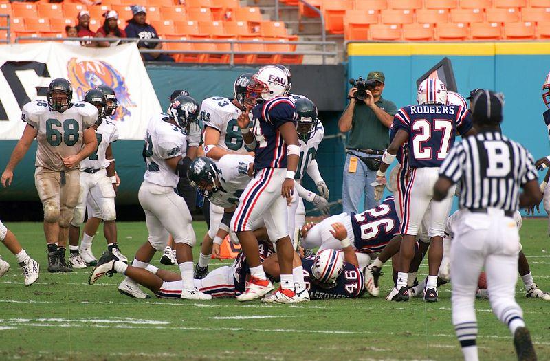 FAU vs Jacksonville  13oct01-  106