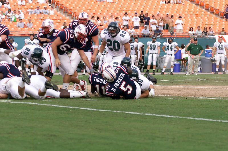 FAU vs Jacksonville  13oct01-  006