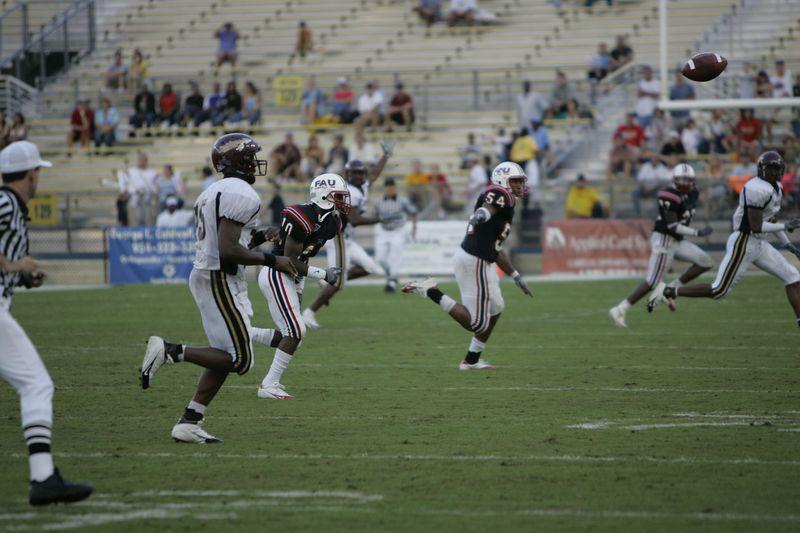 FAU Football vs Louisiana 2004-Oct-23 0477