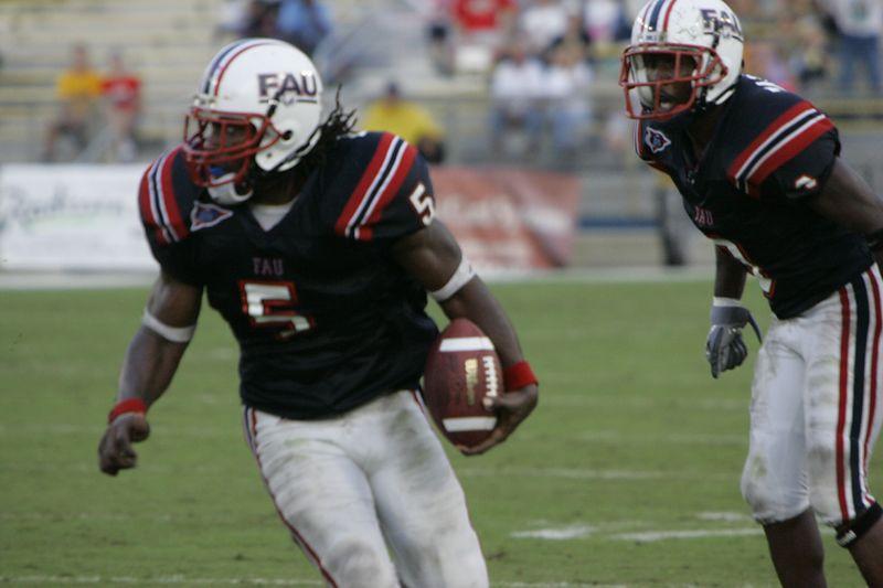 FAU Football vs Louisiana 2004-Oct-23 0519