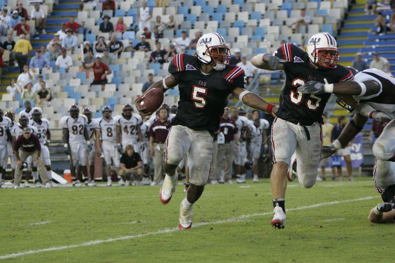 FAU Football vs Louisiana 2004-Oct-23 0564
