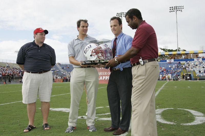 FAU Football vs Louisiana 2004-Oct-23 0137