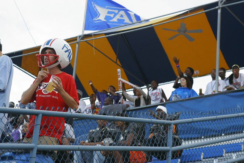 FAU Football vs Louisiana 2004-Oct-23 0084