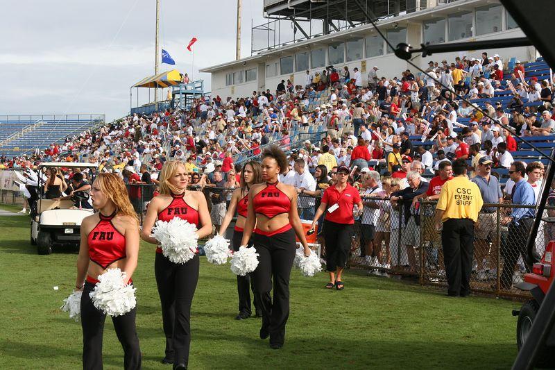 FAU Football vs Louisiana 2004-Oct-23 0749