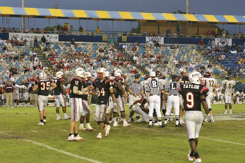 FAU Football vs Louisiana 2004-Oct-23 0871