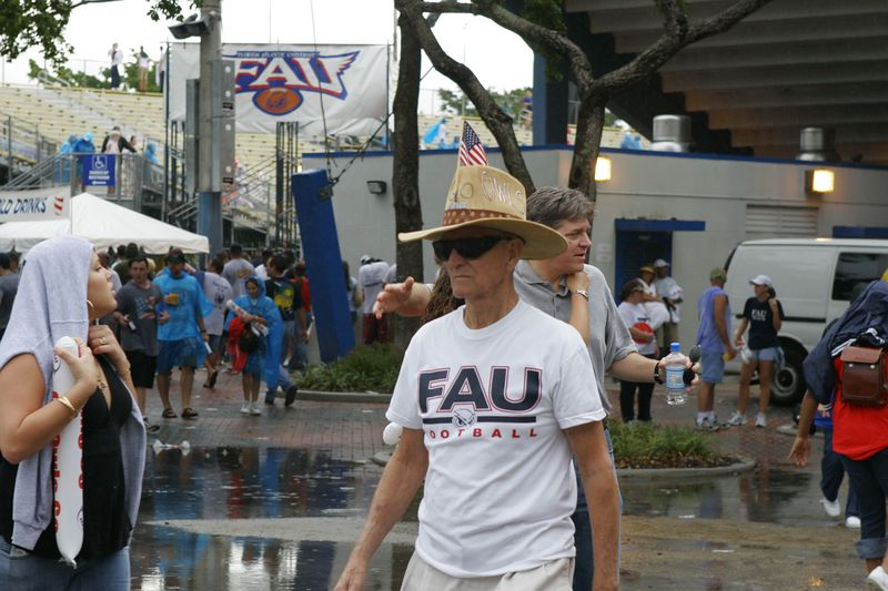FAU Football vs Louisiana 2004-Oct-23 0078