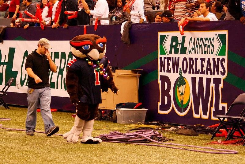 FAU vs MU 21Dec2007 NewOrleans BOWL- (721)NR
