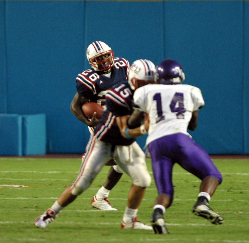 3 FAU Football vs Morris Brown 09nov02- 498sq v8