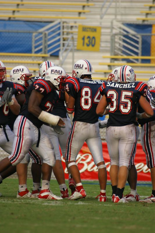 FAU Football vs Nicholls State 11-Oct-03 - 0048