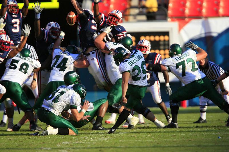 FAU Football vs Northern Texas (1210)
