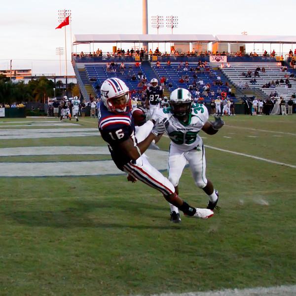 FAU Football vs North Texas 2008NOV08-   (378)sq
