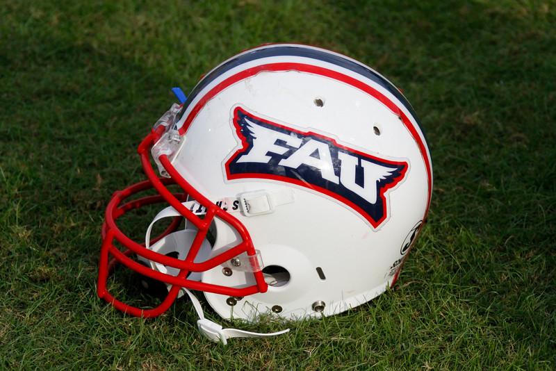 FAU Football vs North Texas 2008NOV08-   (64)N