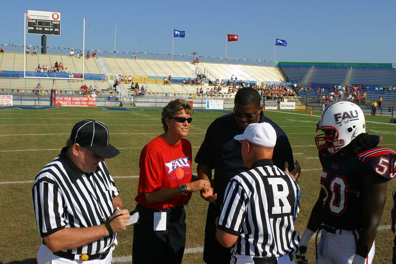 FAU Football vs Northern Colorado 18-Oct-03 - 0367