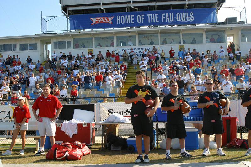 FAU Football vs Northern Colorado 18-Oct-03 - 0360