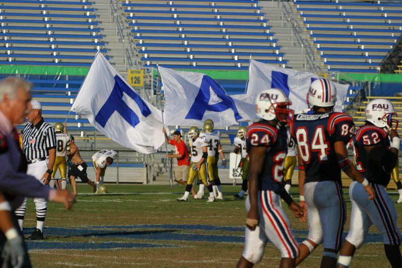 FAU Football vs Northern Colorado 18-Oct-03 - 0196