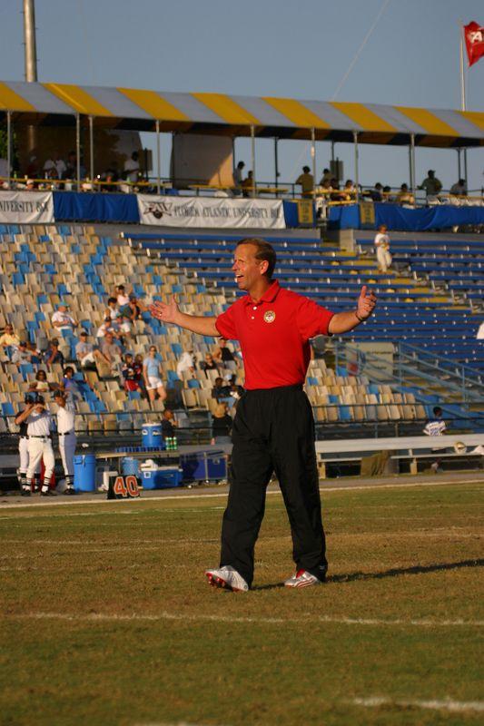 FAU Football vs Northern Colorado 18-Oct-03 - 0192