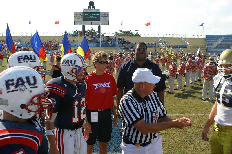FAU Football vs Northern Colorado 18-Oct-03 - 0373