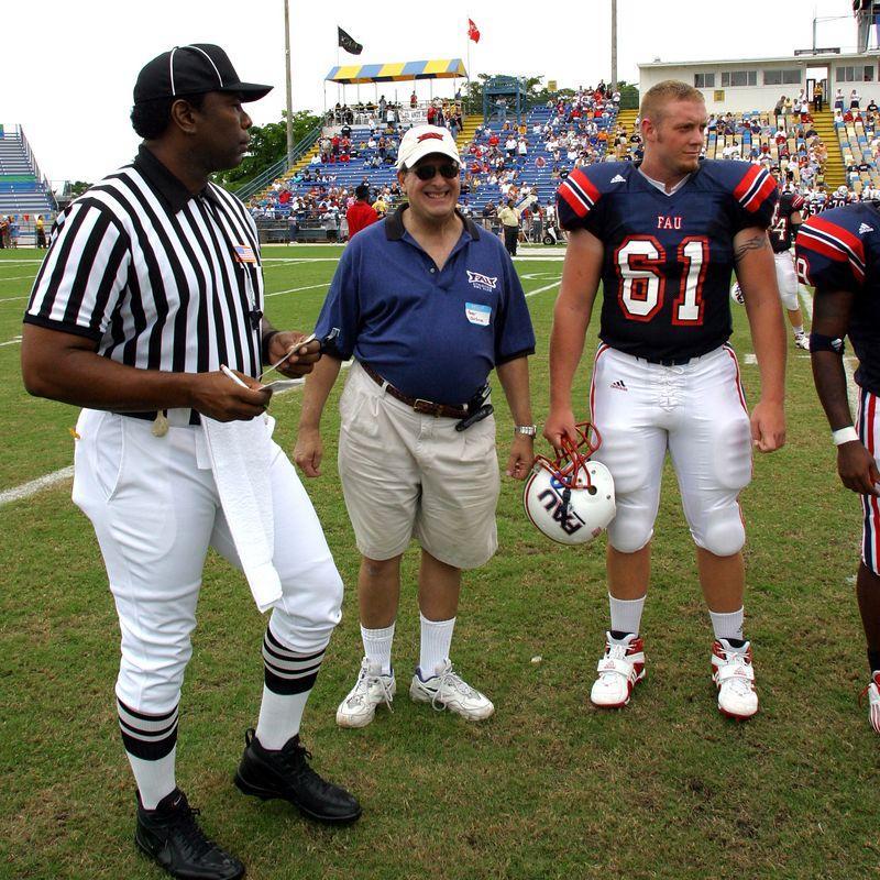 5 FAU Football vs SW Texas State 04-Oct-2003- 232