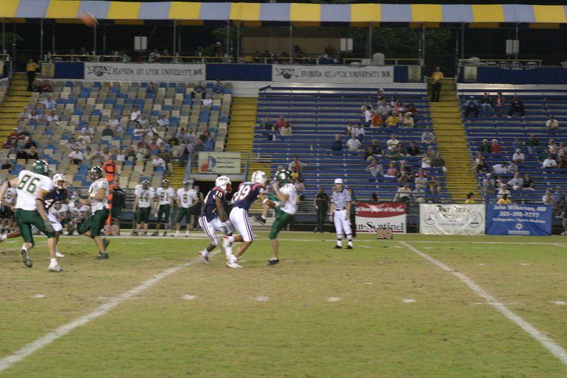 FAU Football vs Siena 15nov03 - 0020