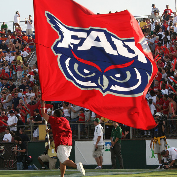 FAU vs USF 6OCT07 - (1130)sq
