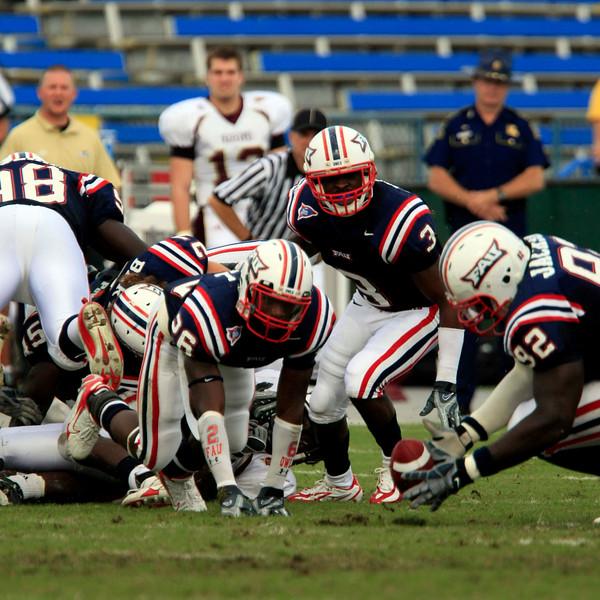 FAU Football vs University of Louisiana-Monroe 27Oct07 - (206)sq