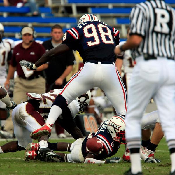 FAU Football vs University of Louisiana-Monroe 27Oct07 - (205)sq