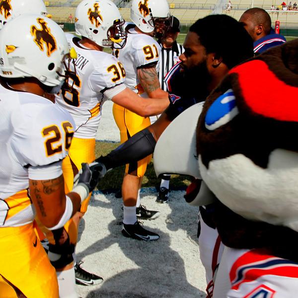 FAU vs Wyoming Cowboys 03 Oct 2009 -  (58)-NR sq
