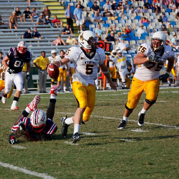 FAU vs Wyoming Cowboys 03 Oct 2009 -  (640)-NR sq