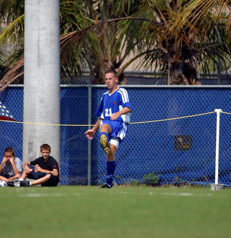 FAU Mens Soccer 03-Nov-02 - 032