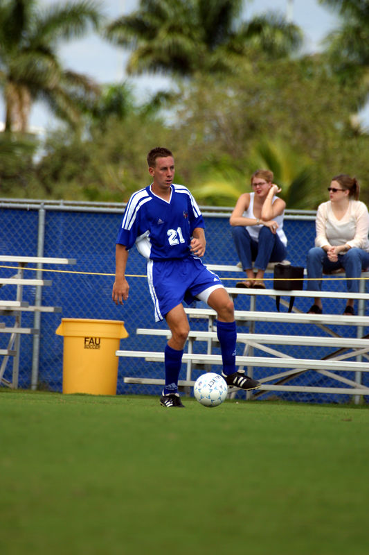 FAU Mens Soccer 03-Nov-02 - 011