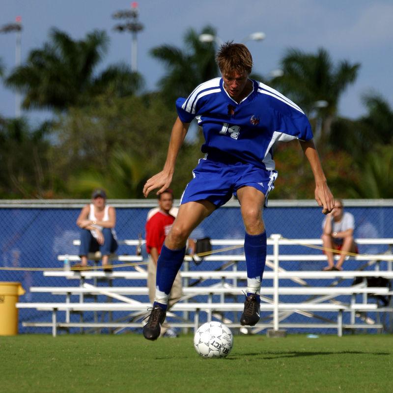 FAU Mens Soccer 03-Nov-02 - 414sq