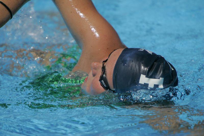 FAU Swim Dive Team Oct 2004- 0001