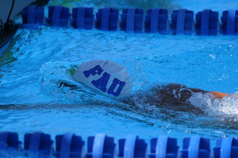 FAU Swim vs Clemson Denver Utah 12-20-03 0040