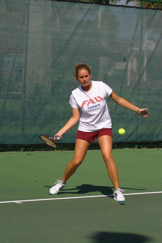 FAU Tennis 16 Oct 2003- 234