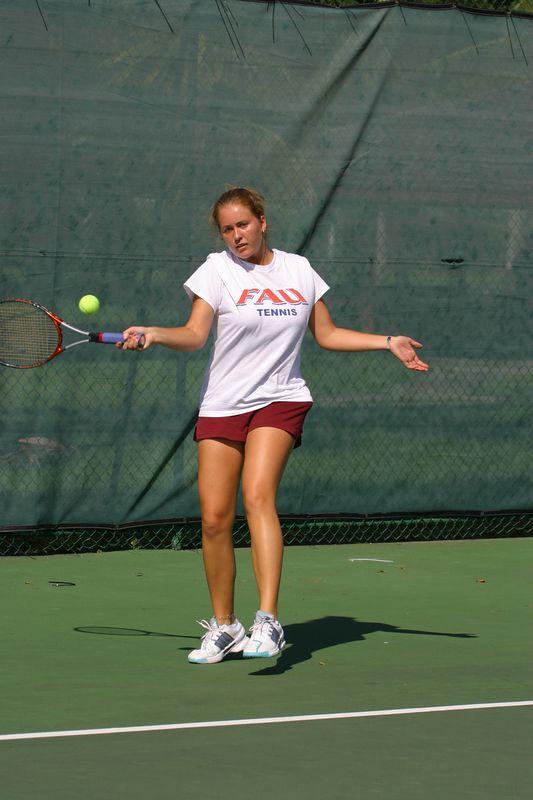 FAU Tennis 16 Oct 2003- 232