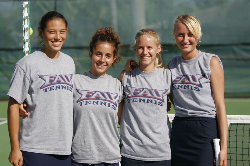 FAU Tennis 30 October 2004- 0036