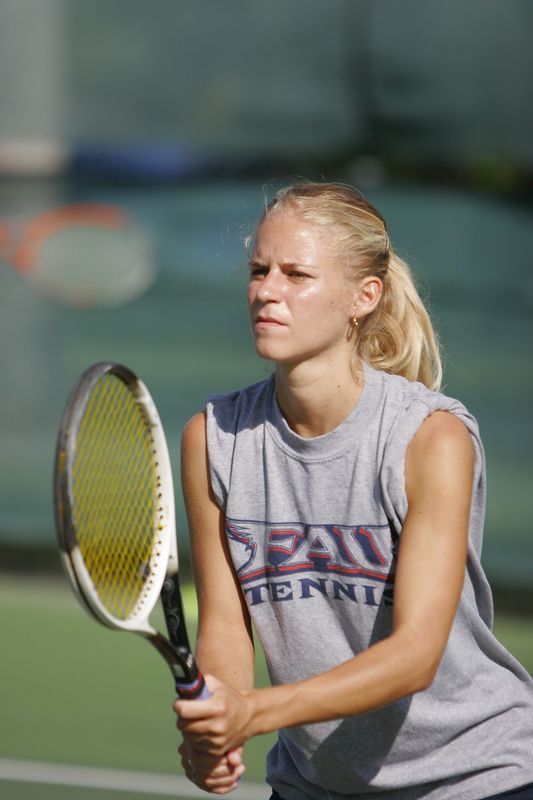 FAU Tennis 30 October 2004- 0030