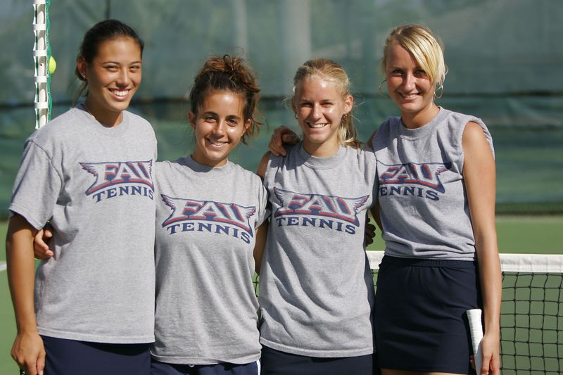 FAU Tennis 30 October 2004- 0037