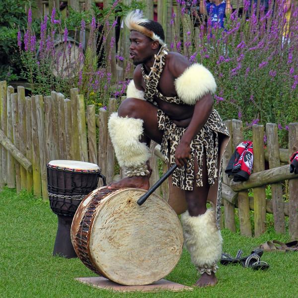 ZULU DANCER - SOUTH AFRICA