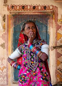 MEGHWAL LADY - KUTCH, INDIA