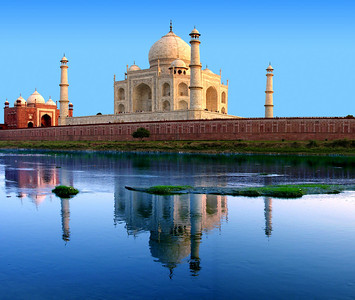 THE TAJ MAHAL - AGRA, INDIA