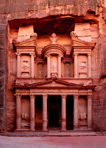 THE TREASURY - PETRA, JORDAN